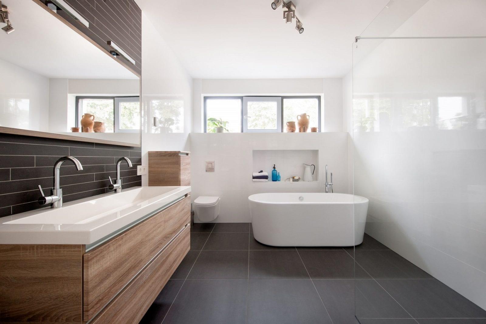 badkamer kroon vloeren in steen